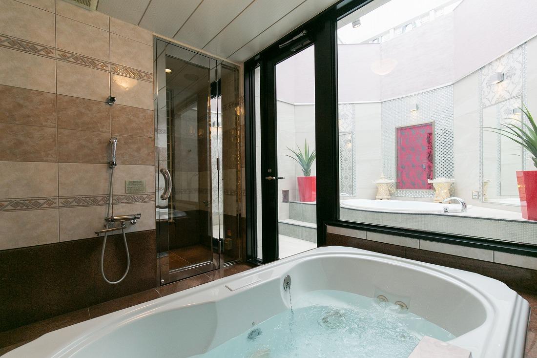 ホテルフォーションの露天風呂